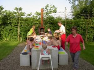 Garden kitchen roestkleur