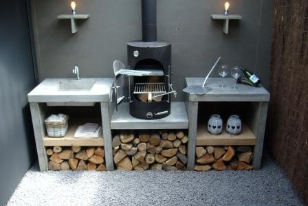 garden kitchen met betonnen buitenkeuken